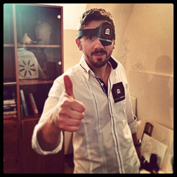 Abbiamo anche i pirati alle #InvasioniDigitali