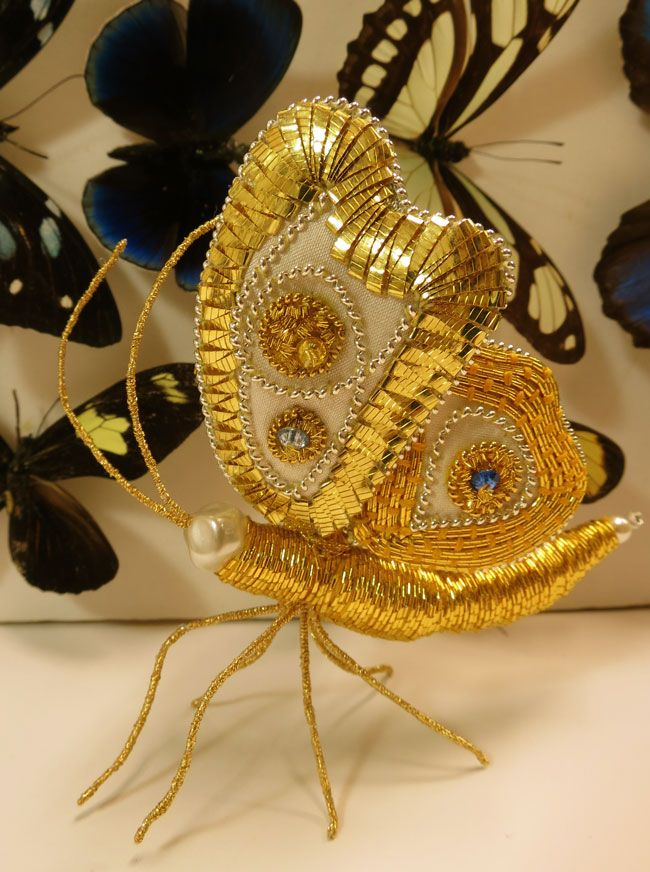 Dimensional Goldwork with Bella Lane from the UK. Bella will be teaching at the Koala Conventions Embroidery & Textiles Event in Brisbane, 4th-13th July 2015