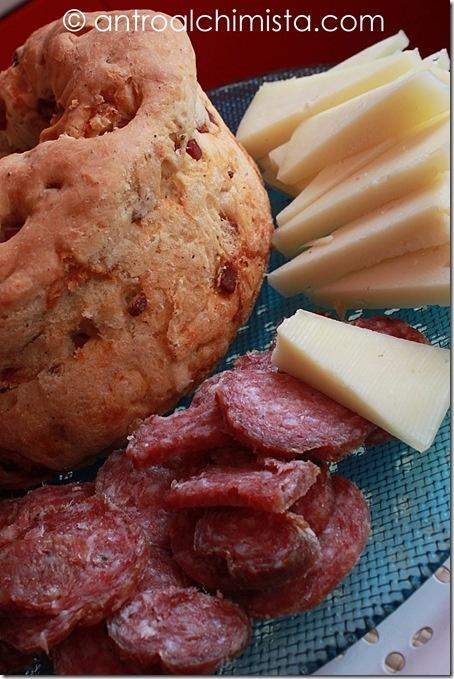 Casatiello, Salame e Pecorino Toscano - Casatiello, Easter pie typical of Naples with Salami and Tuscany Pecorino Cheese