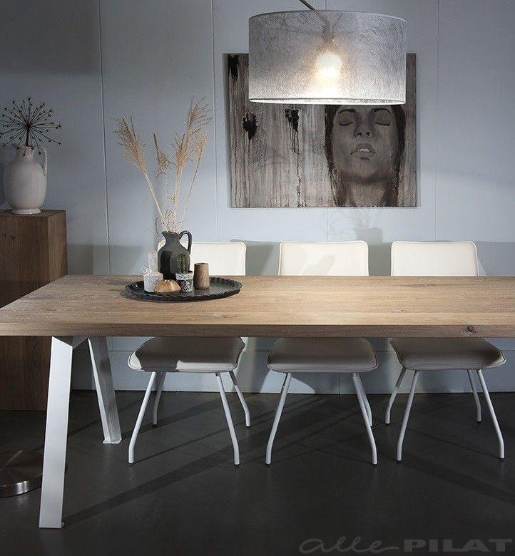 Moderne tafel stoarm van massief eiken met wit frame - Woonwinkel Alle Pilat