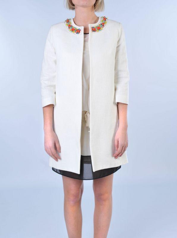 PAROSH  Soprabito bianco con pietre gioiello  http://www.dipierrobrandstore.it/product/1721/Soprabito-bianco-con-pietre-gioiello.html