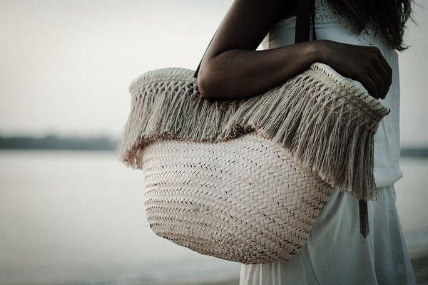 FRINGE BEACH BAG........