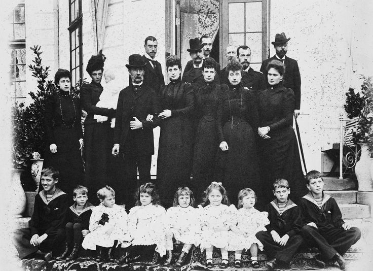 Amazing picture! Standing: Princess Victoria of Wales; Alexandrine, Princess Christian of Denmark with Prince Frederick, King Christian IX of Denmark; Alexandra, Princess of Wales; Dowager Tsarina Marie Feodorovna, Marie, Princess Waldemar of Denmark, Tsarina Alexandra Feodorovna. Back row: Prince Christian of Denmark; King George I of Greece; Prince Nicholas of Greece; Prince John of Glucksborg; Tsar Nicholas II of Russia; Prince Waldemar of Denmark.