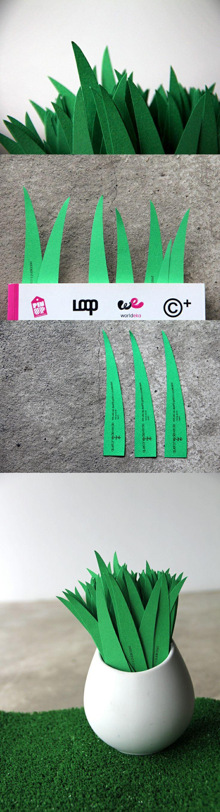 Hemos hecho unos marca páginas personalizados especialmente para la Feria del libro de Sarón, si queréis uno sólo tenéis que pasar por el stand de la Biblioteca pública Jerónimo Arozamena y por la compra de un libro (que éste año están a precios populares) os guiarán con nuestro marca páginas.  Que tono de verde con la lectura...