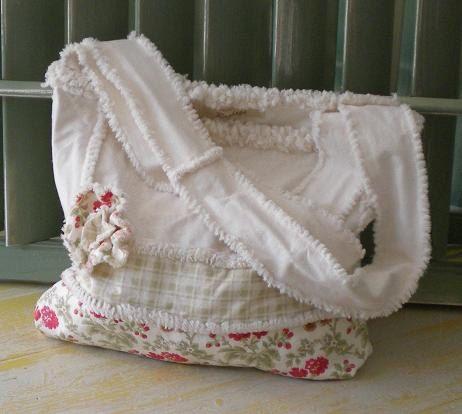 Rag Quilted Handbag Pattern : Best 25+ Rag quilt purse ideas on Pinterest Quilted purse, Rag quilt and Rag quilt patterns