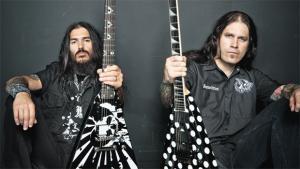 Rob Flynn (love) and Phil Demmel of Machine Head