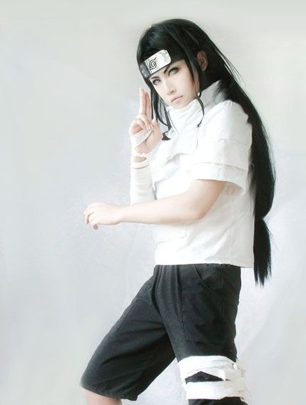 Neji looks so handsome being cosplayed.