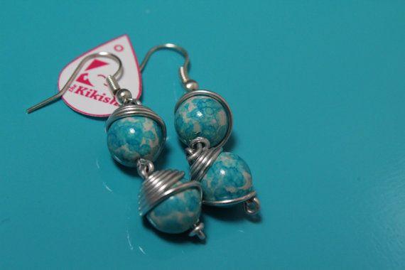 Guarda questo articolo nel mio negozio Etsy https://www.etsy.com/it/listing/280935172/orecchini-alluminio-e-pietre-azzurre-e