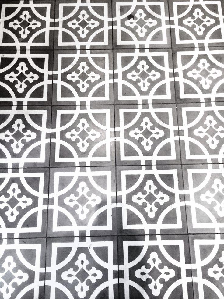Bathroom tiles. Jatana interiors. Concrete.