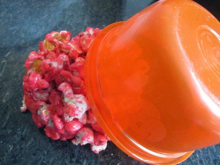 Aprenda a fazer esses lindos pirulitos e cones de pipoca, com o tutorial da fan page  I Love Valentina
