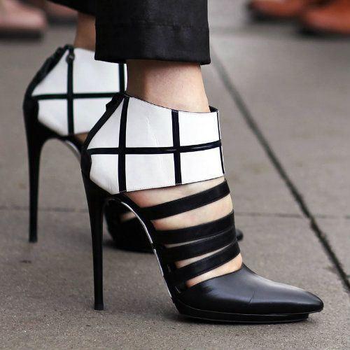 Black Contrast Color Stiletto Heels | Women in High Heels #Black #Stiletto #Heels #Shoes #footwear