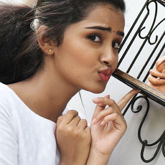 shout out zone  #anupamaparameshwaran  Dm me for shout out girls  #insta #instagram #instahotgirl #instagirls #instahot #hot #actresshot #actress #actresses #bollywoodstar #teluguactress #tamil #telugu #kollywoodactress #bollywood #bollywoodactor #deepikapadukone #mallu #trisha #desigirls #sareelove #priyankachopra #sleevelessdress #anupamaparameshwaran #salmankhan #sharukhkhan #bollywoodhot #bollywoodactress