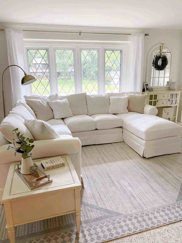 9 stunning coastal paint colors for your home house of on living room color inspiration id=23977