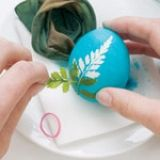 How to ... Make Leaf Print Eggs | Crafts | SpoonfulInstead of opting for the classic egg-dyeing technique this Easter, turn a new leaf with this reverse-stenciling method.  What you'll need Small flat leaves (we used fern, cilantro, dill, thyme, and mint leaves) Hard-boiled white eggs Nylon stockings, cut into 3-inch-long sections Rubber bands Water White vinegar Food coloring Large glasses, one for each dye bath (be sure they're wide enough to hold an egg) Spoon