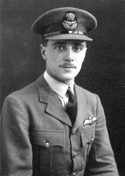 P/O Charles Warren first flew the Spitfire Mk I with No 152 Squadron RAF from RAF Acklington on 15 January 1940, recurrently switching to the old inventory of Gladiator Mk II biplanes while commencing patrols off the northeast coast during the month. Between 12 July and 27 August, the 21-year-old pilot took off in over 50 scrambles from RAF Warmwell and although not scoring success in the air, was promoted to flying officer on 1 October.