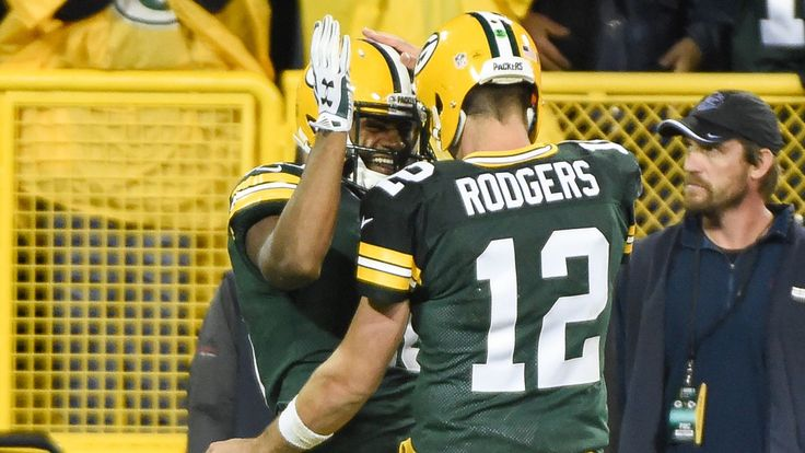 Fantasy football advice, Week 4: Who to start/sit for Packers vs. 49ers -  By Daniel Kelley  @danieltkelley on Oct 4, 2015, 5:53a  -    A rivalry that has seen some great games in recent years looks different now with one of the teams in a tailspin.