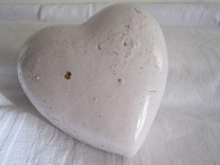 £6 white/grey ceramic heart