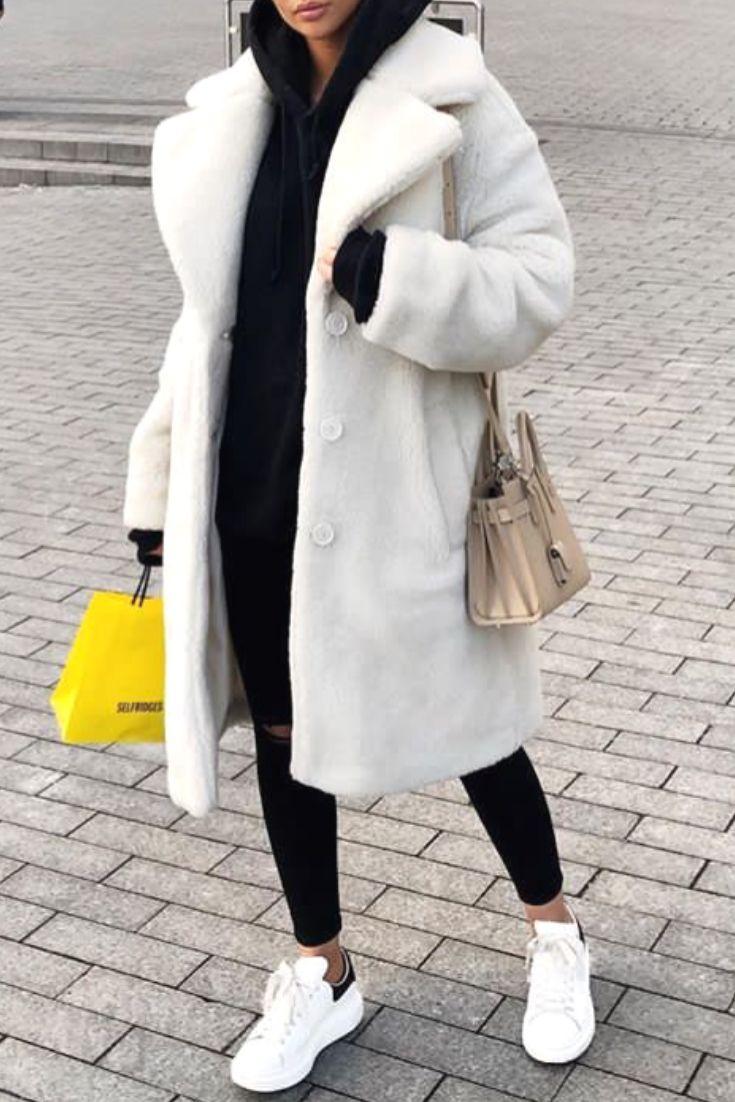 mode femme hiver avec un jean slim noir destroy un sweat. Black Bedroom Furniture Sets. Home Design Ideas