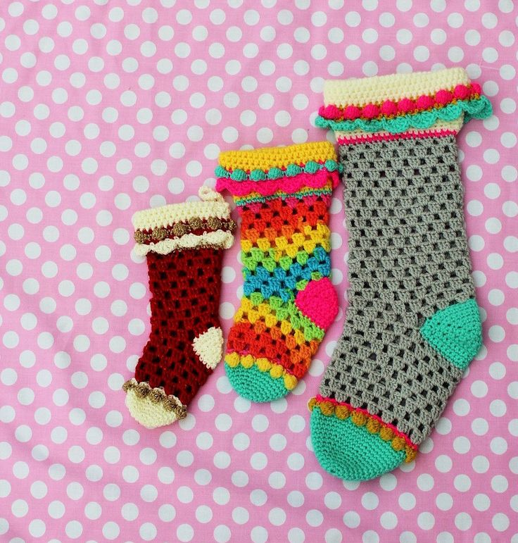 Crochet Christmas granny stocking pattern by wooly likes to hook