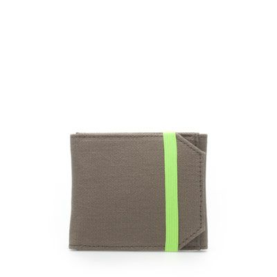 the touch of neon makes this man wallet have a bit more style.