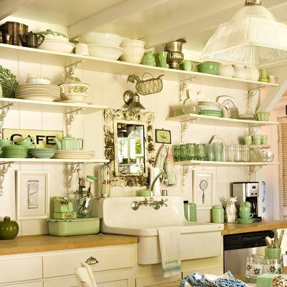 25 Ideas For Dining Room Decorating In Yelow And Green