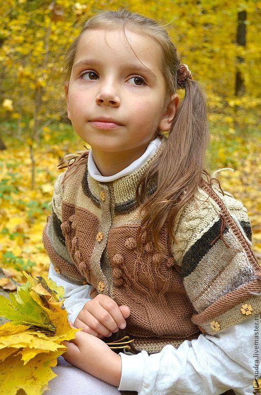 """Купить Жилет """"Эко-осень"""" - бежевый, в полоску, печворк, коричневый, натуральные материалы, бахрома, кофейный"""