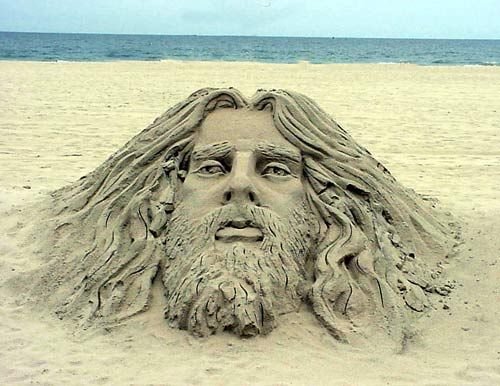 11 Insanely Creative Sand Sculptures You'll Have A Hard Time ...