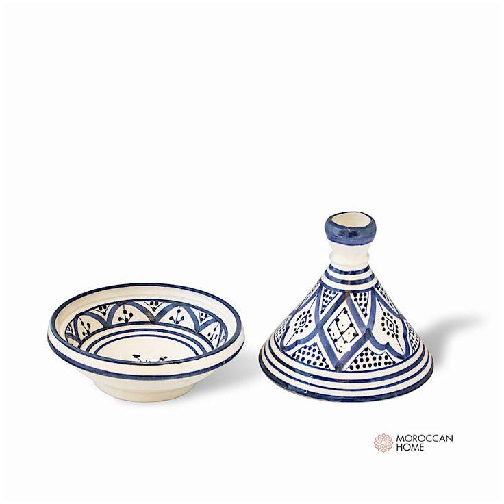 Handgjord tajine i Marockanskt traditionellt mönster.