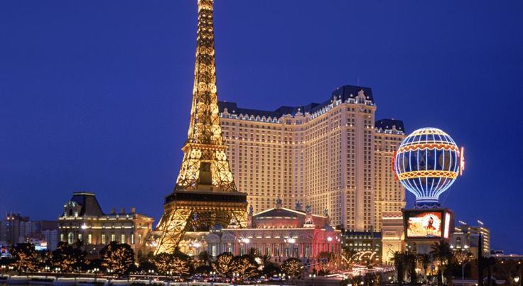 CAD 155 Located on the Las Vegas Strip, this hotel and casino features a rooftop pool, indoor mall and replicas of several Paris attractions including the Eiffel...