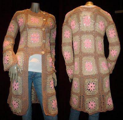 La Crochetnauta: Sacos realizados con cuadrados al crochet.