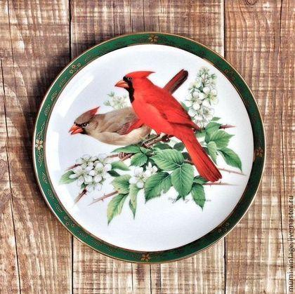 """Кардиналы"" декор. тарелка из сер. ""Певчие птицы"" Danbury Mint 1990 -"