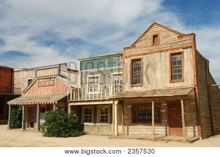 Picture or Photo of Wooden buildings in an old American western town