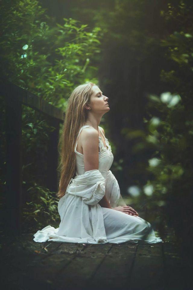 Beautiful fairy model! Nice conceptual photography! Model: Victoria J. Yore Photographer: TJ Drysdale