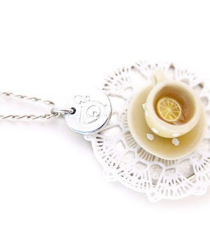 Necklace with mini tea cup(426×498)