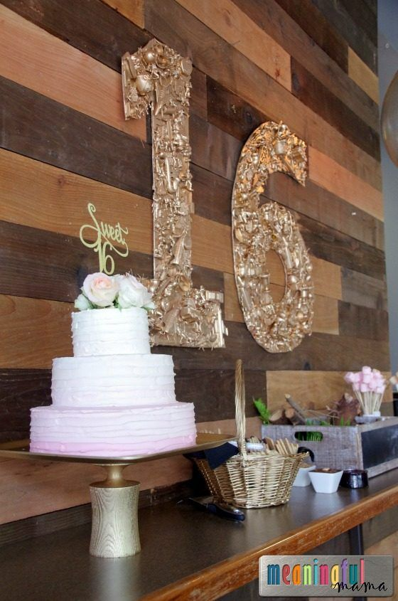 Quirky Pale Pink and Gold Sweet Sixteen Birthday Party - Food, Decor, Cake and Thoughtful Ideas for a 16 Year Old Birthday Party #sweetsixteen #gold #pinkandgold #birthdayparty #meaningfulmama