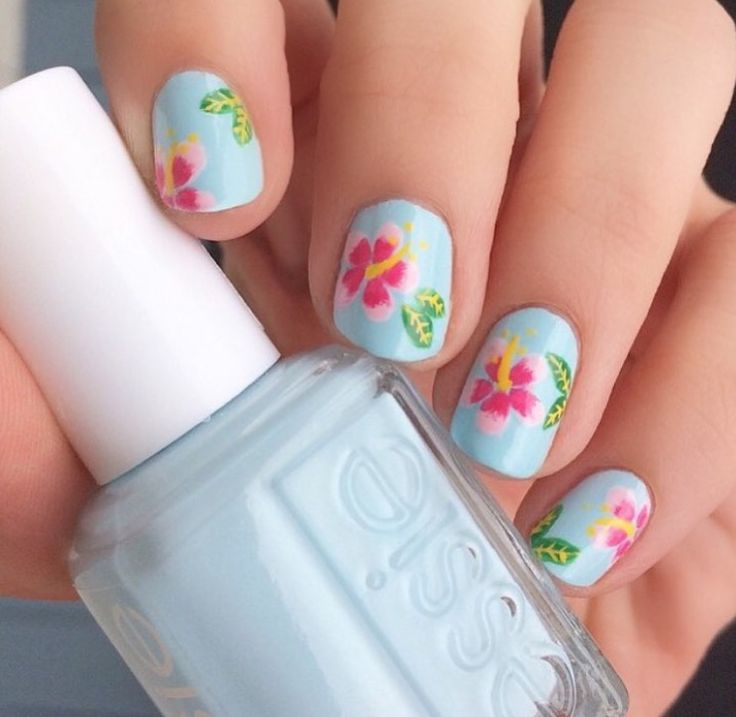 "essie ""find oasis"" nails"