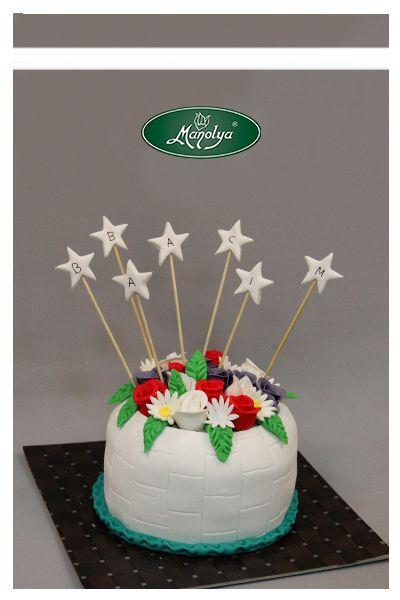 #manolyapastanesi #patisserie #istanbul #cake #cakedesign #flowers #celebration #celebrationcake #yummy #delicious