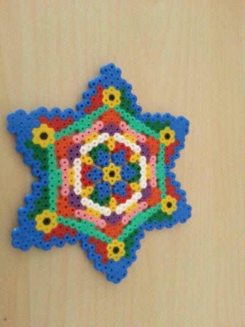 Strijkkralen ster Mandela zeshoek