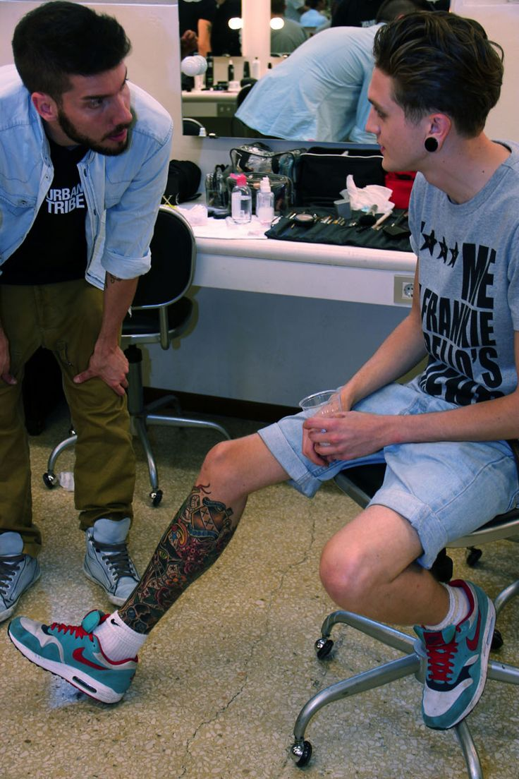 Lower leg guys traditional sleeve tattoos - I Really Like That Instead Of A Sleeve He Chose To Fill Up One Of