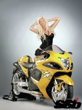 2008 Suzuki Hayabusa Static Shot With Model