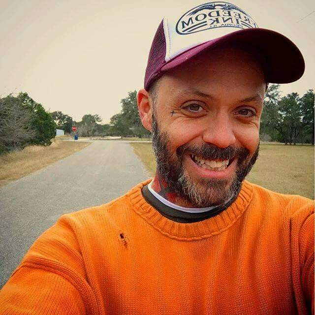 Omg the cuteness. Amazing smile  #justin #furstenfeld