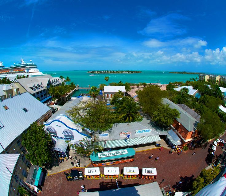 Looking for something to do in Key West?  Try the Ship Wreck Museum!!!