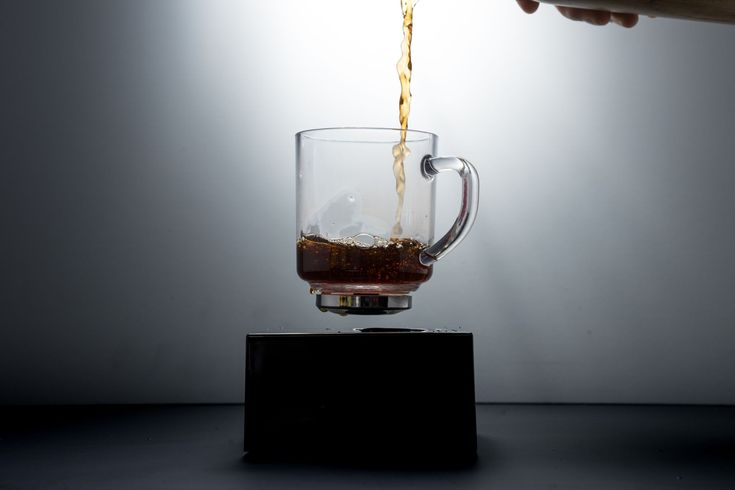 Coffee Cup that floats in mid-air!