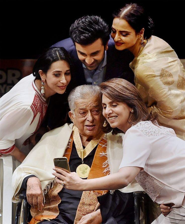 Shashi Kapoor, 77, poses for a selfie when he received His Dada Saheb Phalke Award with Karisma Kapoor, Ranbir Kapoor, Rekha and Neetu Kapoor