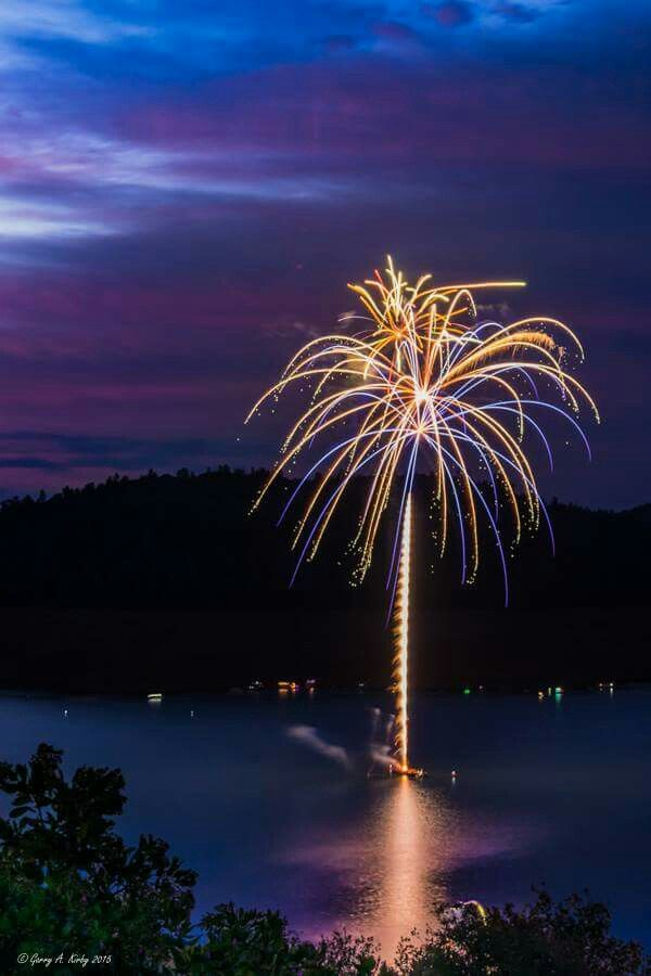 Fireworks over Lake Oroville, Oroville, Ca. https://plus.google.com/+GarryKirbyPhotography