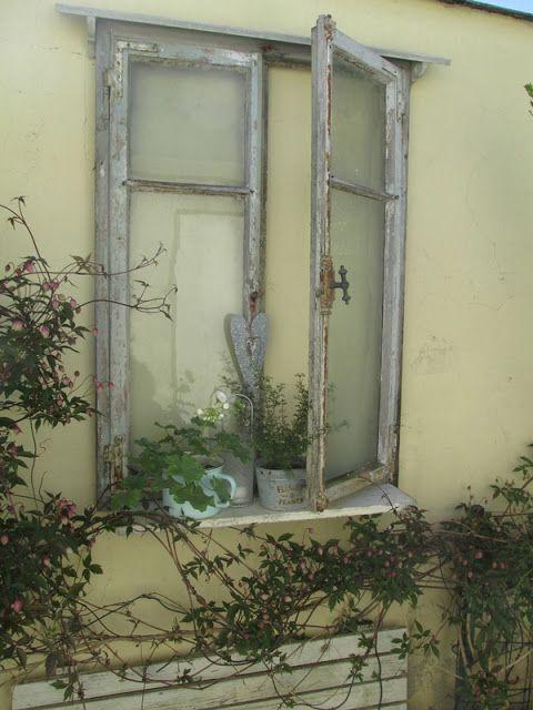 bild und ffebdadfebc window frames old windows