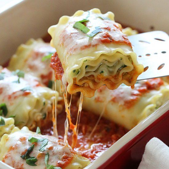 Three Cheese Zucchini Lasagna Rolls- these easy lasagna rolls are healthy, kid-friendly, and easy to make ahead.  Delicious, too!