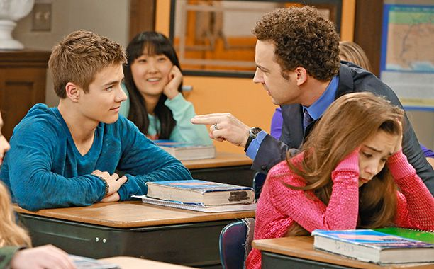 'Girl Meets World' premiere is online: Two 'Boy Meets World' fans discuss | EW.com