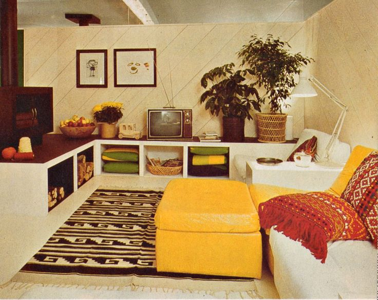 Living room idea from the Better Homes & Gardens Decorating Book, 1975