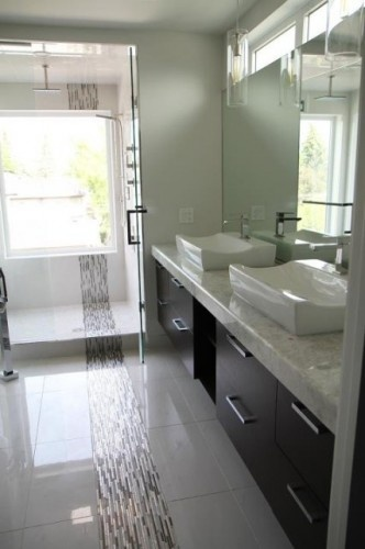 Love the sinks & the whole black and white thing. modern bathroom Master Ensuite